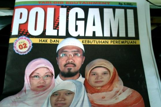 polygami1