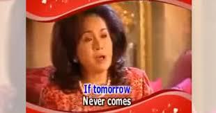 Rosmah singing
